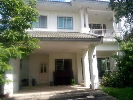 For Sale 3 Beds House in Bang Phli, Samut Prakan, Thailand | Ref. TH-DWFAGEMI
