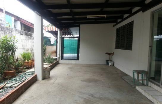 For Rent 3 Beds House in Pak Kret, Nonthaburi, Thailand   Ref. TH-JRBZGUAY