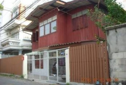 ให้เช่า บ้านเดี่ยว 5 ห้องนอน บางกอกน้อย กรุงเทพฯ