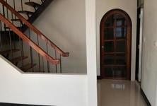 ให้เช่า บ้านเดี่ยว 6 ห้องนอน บางกะปิ กรุงเทพฯ