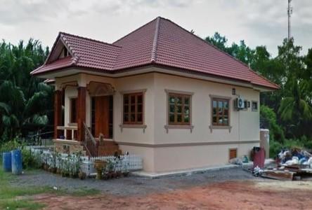 For Sale 3 Beds House in Mueang Samut Songkhram, Samut Songkhram, Thailand