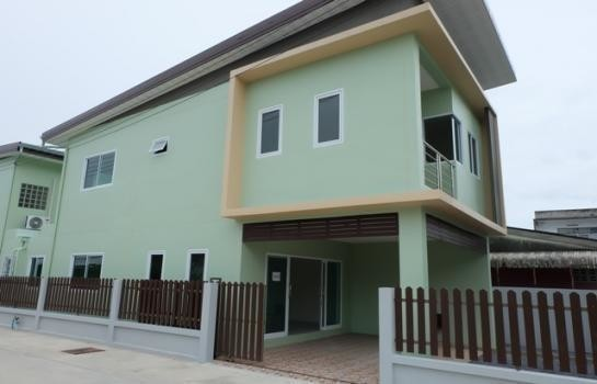 Продажа: Дом с 2 спальнями в районе Mueang Nakhon Si Thammarat, Nakhon Si Thammarat, Таиланд | Ref. TH-ZGXAPZKG