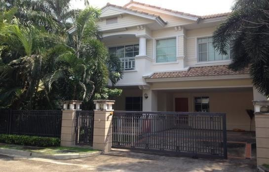 For Sale 3 Beds House in Bang Phli, Samut Prakan, Thailand | Ref. TH-WMATATRF