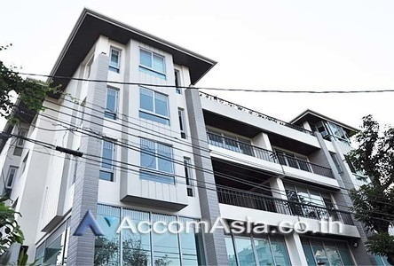 For Rent House 442 sqm in Bangkok, Central, Thailand