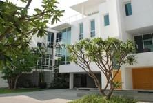 Продажа: Дом с 3 спальнями в районе Bangkok, Central, Таиланд