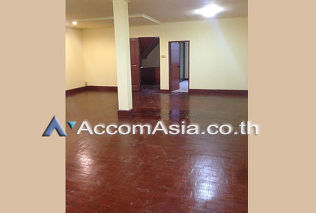 For Rent 6 Beds Townhouse in Bangkok, Central, Thailand