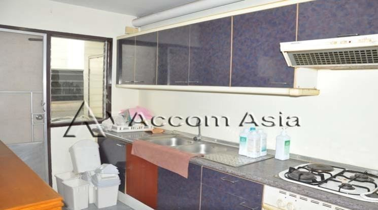 D.S. Tower 2 Sukhumvit 39 - For Sale 3 Beds Condo in Watthana, Bangkok, Thailand   Ref. TH-JEHDVHGM