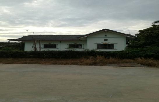 For Sale 3 Beds House in Mueang Phitsanulok, Phitsanulok, Thailand | Ref. TH-KPMKFTQS