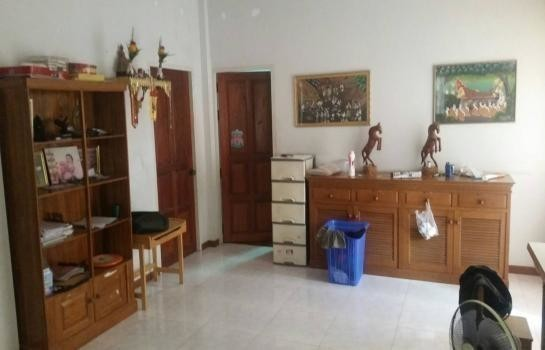 For Sale 2 Beds 一戸建て in Mueang Ratchaburi, Ratchaburi, Thailand | Ref. TH-KFINULAE