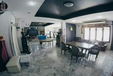For Sale 20 Beds 一戸建て in Phra Khanong, Bangkok, Thailand