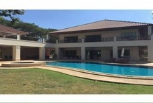 For Sale 9 Beds House in Cha Am, Phetchaburi, Thailand