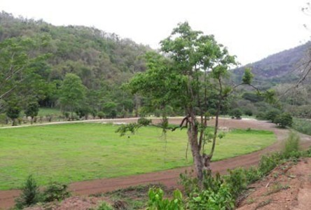 For Sale Land 37 rai in Hang Dong, Chiang Mai, Thailand
