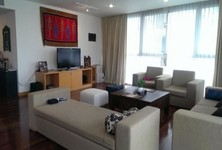 For Rent Apartment Complex 3 rooms in Watthana, Bangkok, Thailand