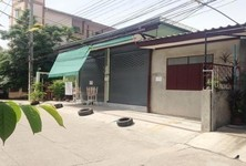 For Rent Warehouse 145 sqwa in Mueang Chiang Mai, Chiang Mai, Thailand