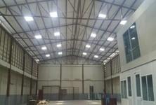 For Rent Warehouse 800 sqm in Mueang Samut Prakan, Samut Prakan, Thailand