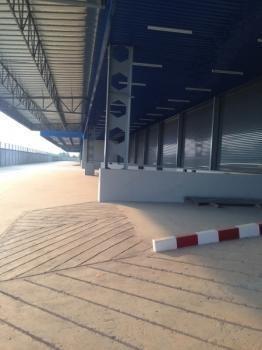 For Rent Warehouse 5,000 sqm in Lat Krabang, Bangkok, Thailand | Ref. TH-VDMUHLZN