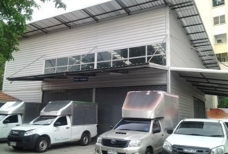 For Rent Warehouse 800 sqm in Mueang Nonthaburi, Nonthaburi, Thailand