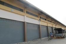 В аренду: Склад 144 кв.м. в районе Ban Phaeo, Samut Sakhon, Таиланд