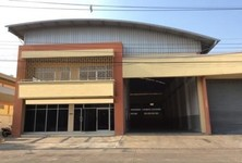 For Sale Warehouse 2,000 sqm in Khlong Luang, Pathum Thani, Thailand
