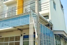 For Rent 4 Beds Shophouse in Thanyaburi, Pathum Thani, Thailand