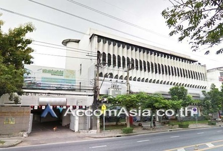 For Rent Retail Space 1,377.43 sqm in Bangkok, Central, Thailand