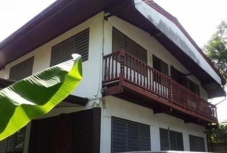For Rent 4 Beds House in Bang Phlat, Bangkok, Thailand