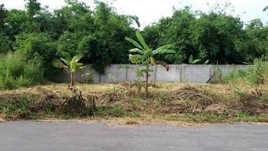 ตั้งอยู่บริเวณพื้นที่เดียวกัน - สัตหีบ ชลบุรี