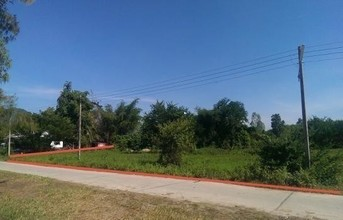 Located in the same area - Cha Am, Phetchaburi