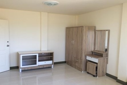 ขาย หรือ เช่า อพาร์ทเม้นท์ทั้งตึก 10 ห้อง ศรีราชา ชลบุรี