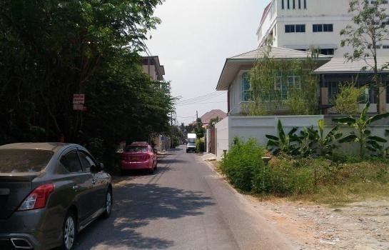 For Sale Apartment Complex 38 rooms in Mueang Nonthaburi, Nonthaburi, Thailand | Ref. TH-GNAUHHGZ