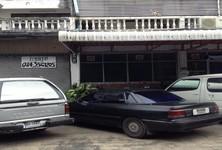 For Sale 2 Beds Shophouse in Huai Khwang, Bangkok, Thailand