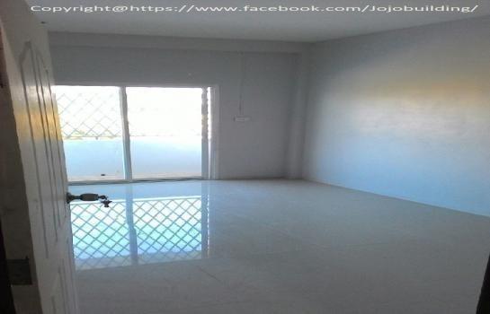 Продажа: Шопхаус с 4 спальнями в районе Chiang Khong, Chiang Rai, Таиланд   Ref. TH-XUBEMEQM