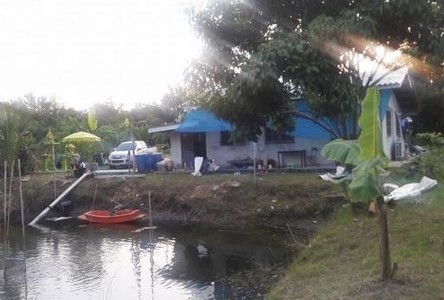For Sale Land 5 rai in Ban Phaeo, Samut Sakhon, Thailand