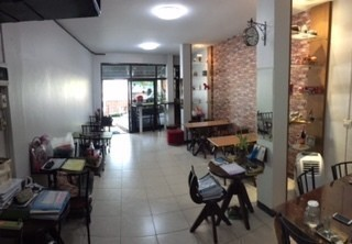 For Rent 2 Beds Shophouse in Mueang Tak, Tak, Thailand | Ref. TH-NOZWLDMH