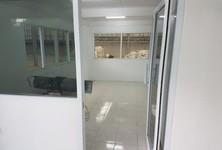 For Rent Warehouse 750 sqm in Bang Khun Thian, Bangkok, Thailand