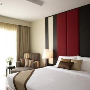 Продажа: Жилое здание 32 комнат в районе Bang Lamung, Chonburi, Таиланд | Ref. TH-TBVVXIBV