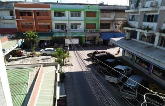 For Sale Shophouse 70 sqwa in Mueang Lampang, Lampang, Thailand | Ref. TH-IAFSGNDJ