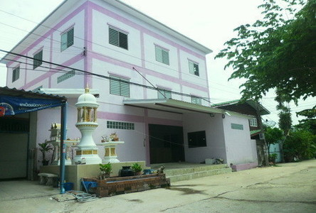 For Sale Warehouse 68 sqwa in Bang Khun Thian, Bangkok, Thailand