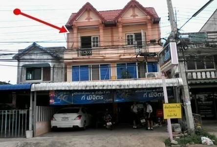 For Sale 5 Beds Shophouse in Mueang Phichit, Phichit, Thailand