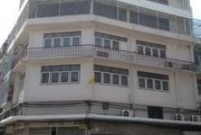 For Sale Shophouse 96 sqm in Thon Buri, Bangkok, Thailand