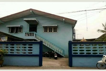 For Sale 20 Beds Shophouse in Phra Pradaeng, Samut Prakan, Thailand