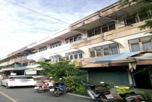 For Sale or Rent 5 Beds Shophouse in Pran Buri, Prachuap Khiri Khan, Thailand