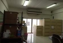 For Sale Shophouse 200 sqm in Yan Nawa, Bangkok, Thailand