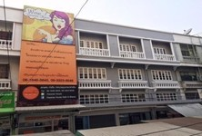 For Sale or Rent Shophouse 16 sqm in Don Mueang, Bangkok, Thailand