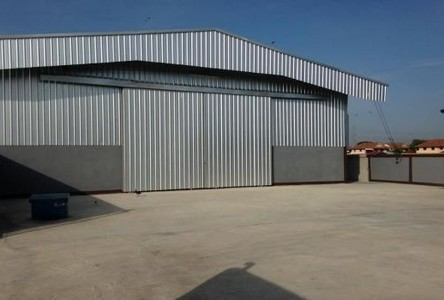 For Rent Warehouse 300 sqm in Lam Luk Ka, Pathum Thani, Thailand