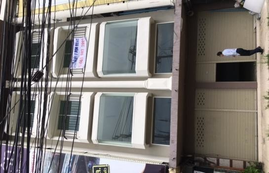 For Rent Shophouse 117.6 sqm in Mueang Nonthaburi, Nonthaburi, Thailand | Ref. TH-ADAFBXWO