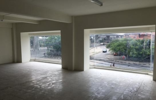 For Rent Shophouse 117.6 sqm in Mueang Nonthaburi, Nonthaburi, Thailand | Ref. TH-ADAFBXWO
