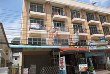 For Sale 1 Bed Shophouse in Phra Samut Chedi, Samut Prakan, Thailand