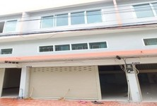 For Sale 3 Beds Shophouse in Krathum Baen, Samut Sakhon, Thailand