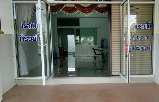 For Sale or Rent 1 Bed Shophouse in Sisaket, Northeast, Thailand | Ref. TH-DWFJGMLI